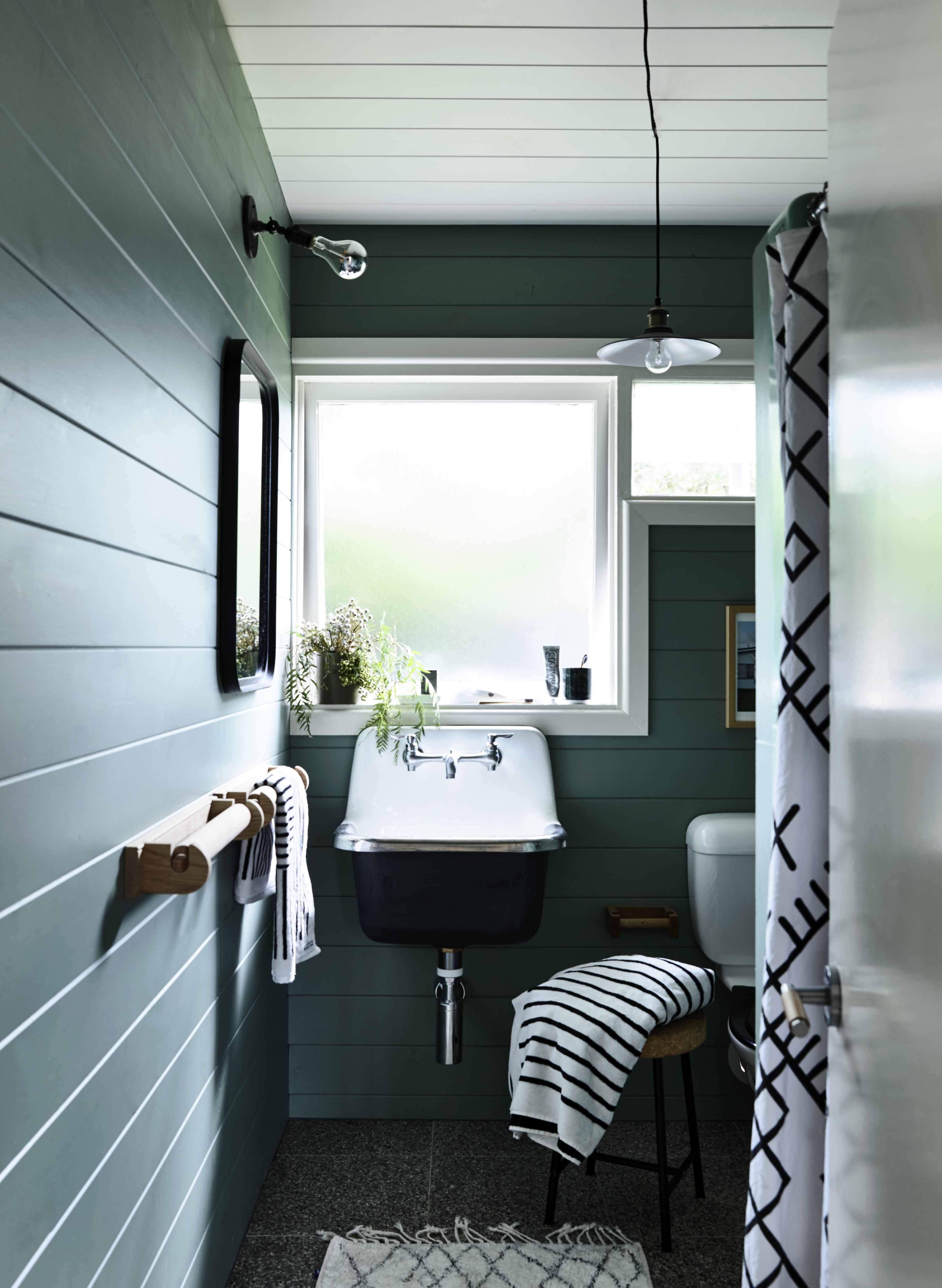Bathroom Paint Ideas - Example bathroom