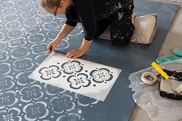 stencilling pattern on floor